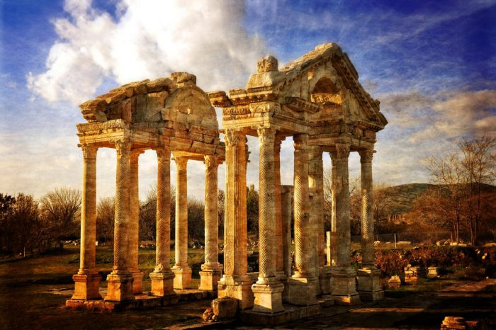 3 Nights 4 Days / Cappadocia, Ephesus, Aphrodisias, and Pamukkale Tour (from Istanbul – by Plane)